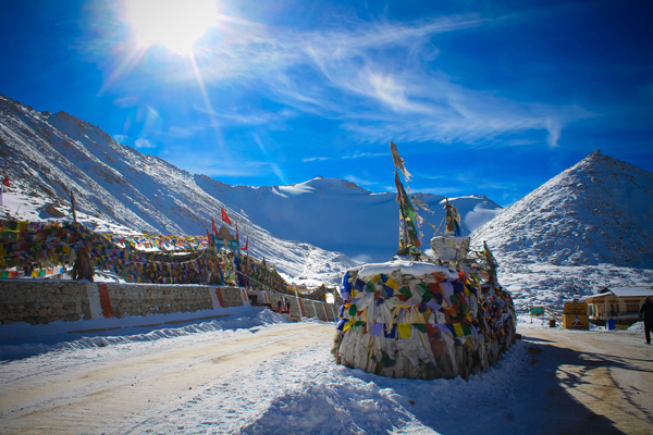 Permit for Khardung la Pass is easy to get and this pass has the highest road in the world.