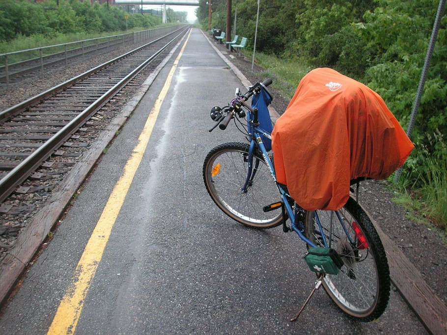 Transporting cycles in a train across India