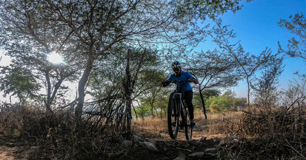 Trails around the Surya mandir in Jaipur are fun and a must go for mountain bikers